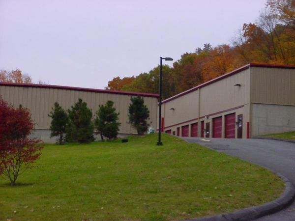 Cortlandt Moving & Storage 44 Regina Avenue Mohegan Lake, NY - Photo 3