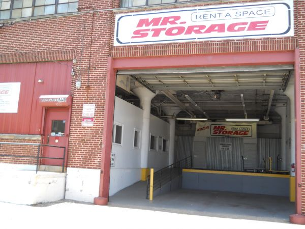 Mr. Storage - Olney 5440 N 6th St Philadelphia, PA - Photo 3