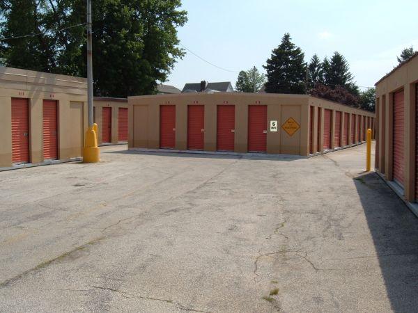 Mr. Storage - Roxborough 6758 Ridge Avenue Philadelphia, PA - Photo 0