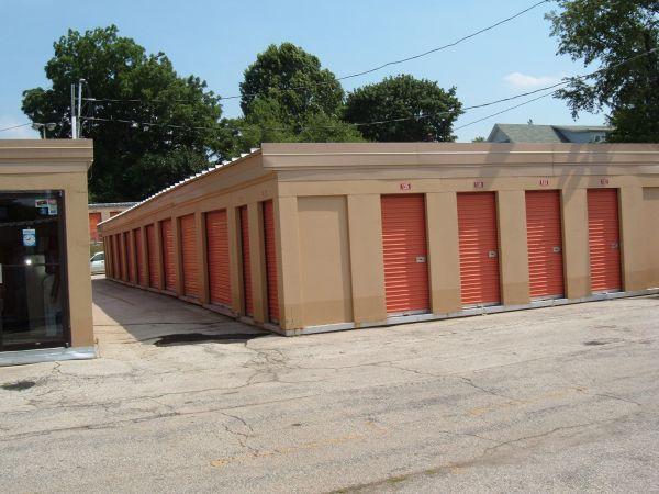 Mr. Storage - Roxborough 6758 Ridge Avenue Philadelphia, PA - Photo 4