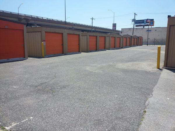 Mr. Storage - South Phila 2515 S Front St Philadelphia, PA - Photo 8