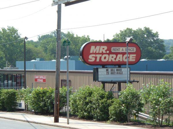 Mr. Storage - Manayunk 5026 Ridge Ave Philadelphia, PA - Photo 3