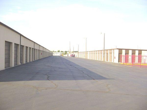 American Self Storage - Candelaria 720 Candelaria Rd Ne Albuquerque, NM - Photo 3