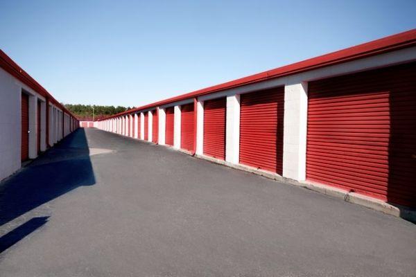 SecurCare Self Storage - Fayetteville - McArthur Rd 526 McArthur Rd Fayetteville, NC - Photo 3
