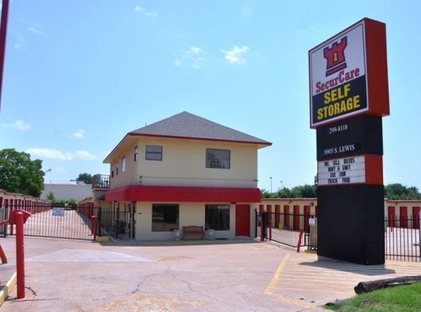 SecurCare Self Storage - Tulsa - S Lewis Ave 8905 S Lewis Ave Tulsa, OK - Photo 0