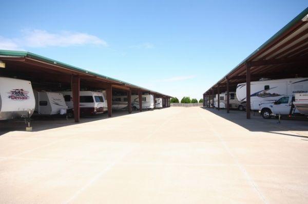 SecurCare Self Storage - Oklahoma City - W Hefner Rd. 7829 W Hefner Rd Oklahoma City, OK - Photo 9