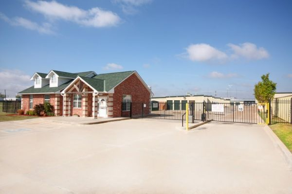 SecurCare Self Storage - Norman - Research Park Blvd. 2002 Research Park Blvd Norman, OK - Photo 1