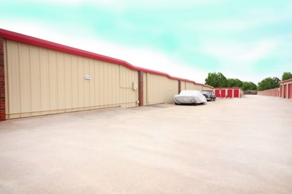 SecurCare Self Storage - Oklahoma City - S Western Ave. 8311 S Western Ave Oklahoma City, OK - Photo 7