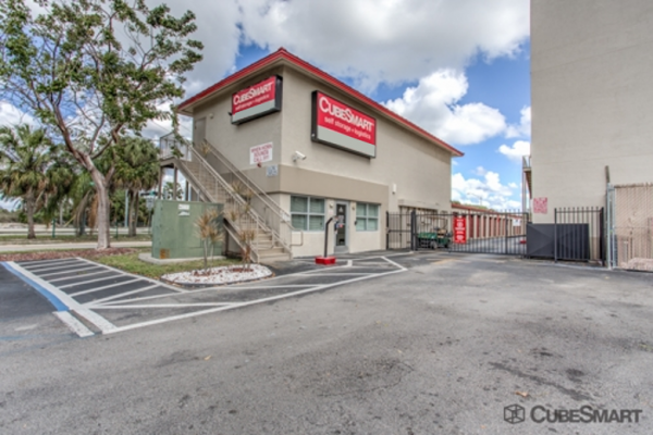CubeSmart Self Storage - Leisure City 28525 SW 157th Ave Homestead, FL - Photo 0