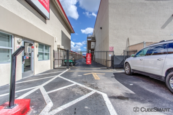 CubeSmart Self Storage - Leisure City 28525 SW 157th Ave Homestead, FL - Photo 6