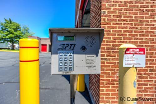 CubeSmart Self Storage - Fairfax 3179 Draper Dr Fairfax, VA - Photo 3