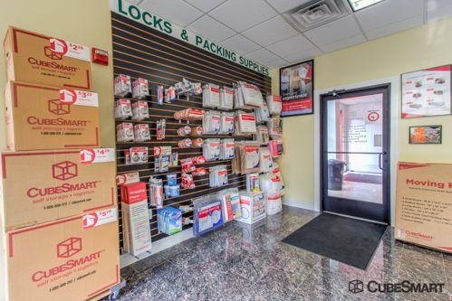CubeSmart Self Storage - Somerset - 1100 Easton Ave 1100 Easton Ave Somerset, NJ - Photo 7