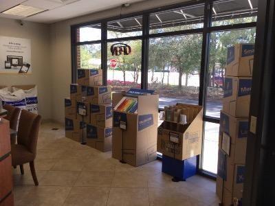 Life Storage - Orange Park - 600 Blanding Boulevard 600 Blanding Blvd Orange Park, FL - Photo 4