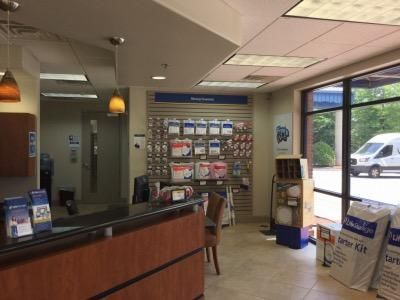 Life Storage - Lawrenceville - Marathon Parkway 875 Marathon Pkwy Lawrenceville, GA - Photo 4