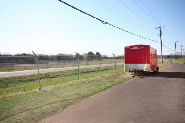 SecurCare Self Storage - Oklahoma City - W Wilshire Blvd 20 W Wilshire Blvd Oklahoma City, OK - Photo 8