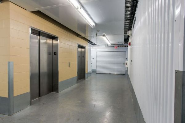 Superbe ... Premier Storage Hillsboro2001 NE Aloclek Drive   Hillsboro, OR   Photo  10 ...