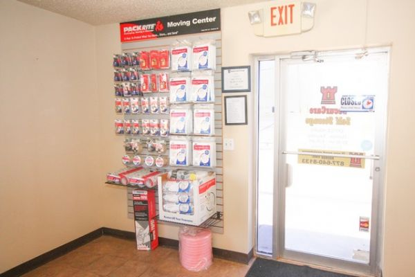 SecurCare Self Storage - Del City - N Sooner Rd 201 N Sooner Rd Oklahoma City, OK - Photo 3