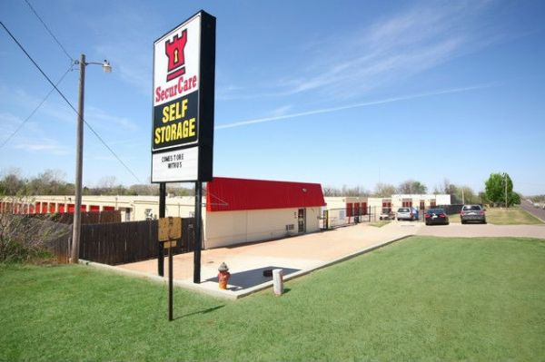 SecurCare Self Storage - Del City - N Sooner Rd 201 N Sooner Rd Oklahoma City, OK - Photo 0