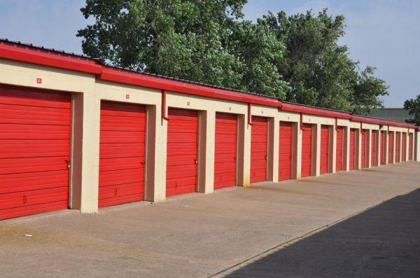Securcare Self Storage Tulsa 1434 S Sheridan Rd