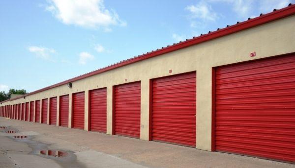 SecurCare Self Storage - Tulsa - E 11th St 9727 E 11th St Tulsa, OK - Photo 3