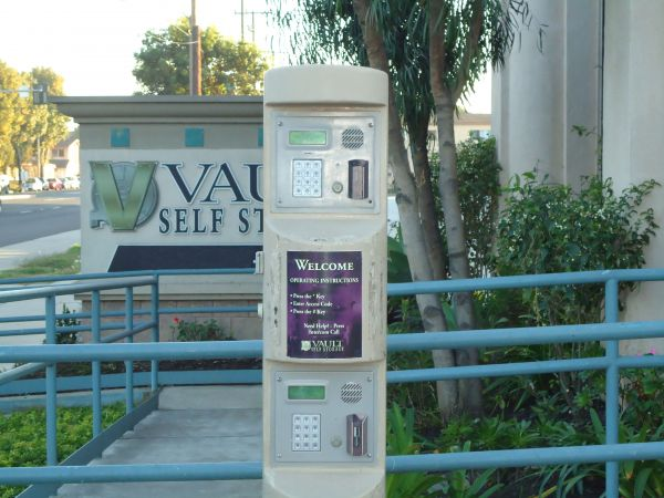 Vault Self Storage - Long Beach 6897 N Paramount Blvd Long Beach, CA - Photo 9