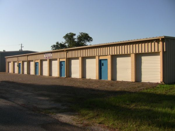 Searle Ave Mini Storage 4005 Searle Ave Gulfport, MS - Photo 0