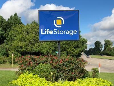 Life Storage - Houston - East Richey Road 802 E Richey Rd Houston, TX - Photo 4