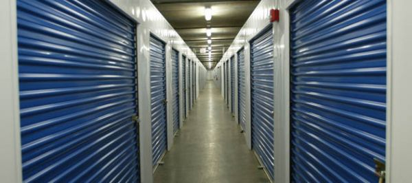Hawaii Self Storage - Salt Lake 808 Ahua St Honolulu, HI - Photo 2