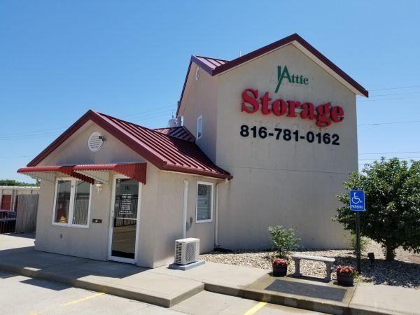 Attic Storage Liberty North 701 Route 291 Liberty, MO - Photo 0