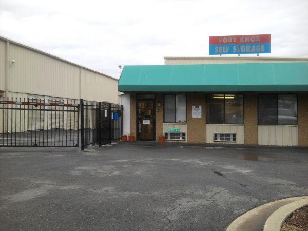 Fort Knox Self Storage - Upper Marlboro 15400 Depot Ln Upper Marlboro, MD - Photo 3