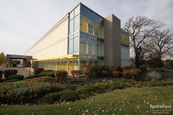 Safeguard Self Storage - Arlington Hts - Algonquin Road 523 West Algonquin Road Arlington Heights, IL - Photo 1