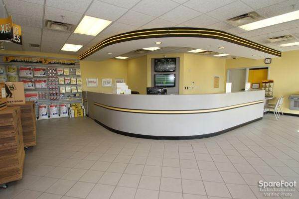 Safeguard Self Storage - Arlington Hts - Algonquin Road 523 West Algonquin Road Arlington Heights, IL - Photo 11