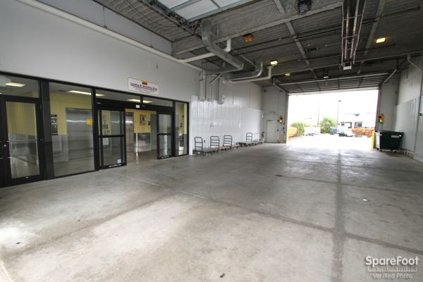 Safeguard Self Storage - Palatine 1136 East Northwest Highway Palatine, IL - Photo 3