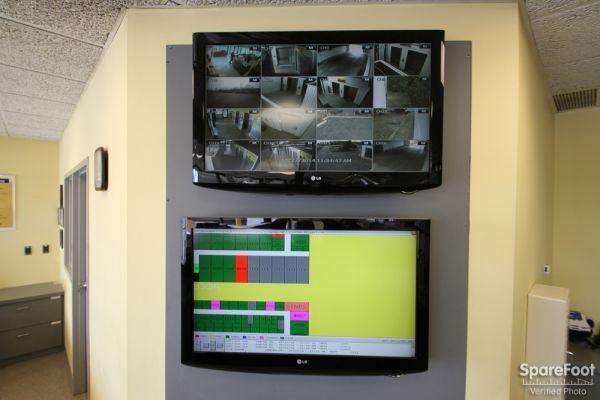Safeguard Self Storage - Palatine 1136 East Northwest Highway Palatine, IL - Photo 13