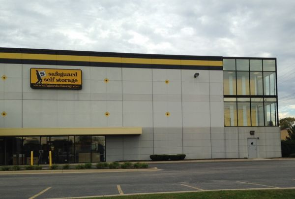 Safeguard Self Storage - Lyons 4310 1st Avenue Lyons, IL - Photo 1