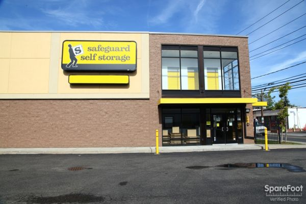 Safeguard Self Storage - Hewlett 1176 Broadway Hewlett, NY - Photo 1