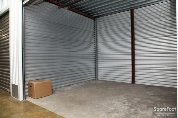 Safeguard Self Storage - Hollis 204-02 Jamaica Avenue Hollis, NY - Photo 13