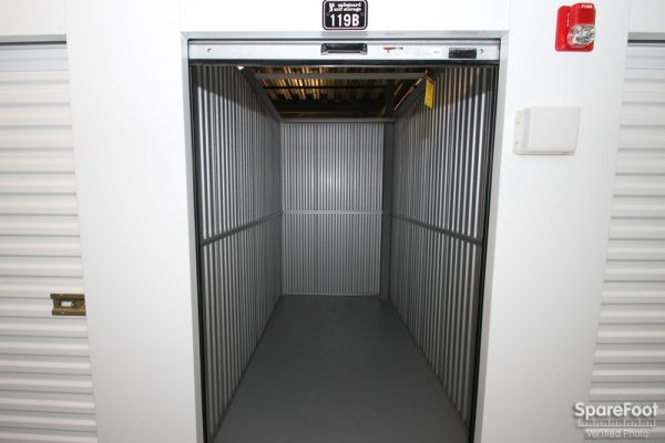 Safeguard Self Storage - McCook 9001 West 47th Street Mccook, IL - Photo 19