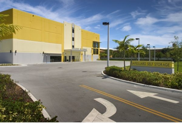 Safeguard Self Storage - Miami - Palmetto Bay 17171 South Dixie Highway Palmetto Bay, FL - Photo 2