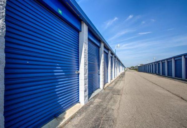 Simply Self Storage - 9624 E 350 Highway - Raytown 9624 E 350 Hwy. Raytown, MO - Photo 3