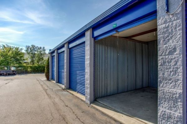 Simply Self Storage - 9624 E 350 Highway - Raytown 9624 E 350 Hwy. Raytown, MO - Photo 6