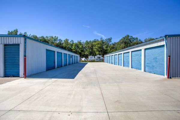 Simply Self Storage - 15124 S Linden Road - Linden 15124 S Linden Rd Linden, MI - Photo 2