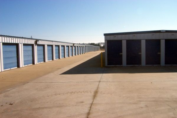 Exit 29 Self Storage 260 South Port Pkwy Brunswick, GA - Photo 4