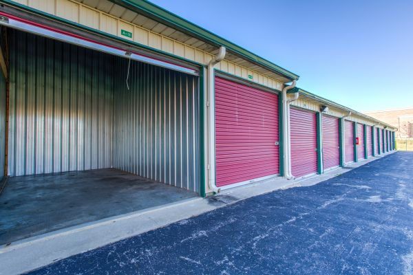Bon ... Simply Self Storage   Zionsville, IN   Northwestern Dr4628 Northwestern  Dr   Zionsville, IN ...