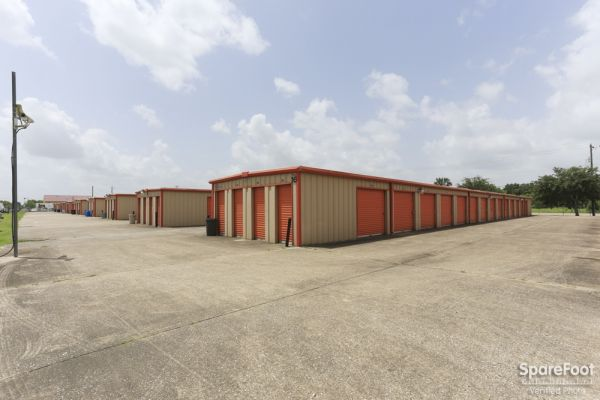Big 7 Mini-Storage 1350 Hwy 3 South League City, TX - Photo 1