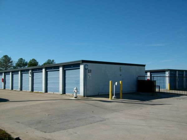 Ark Self Storage - Marietta 1744 Cobb Parkway SE Marietta, GA - Photo 2