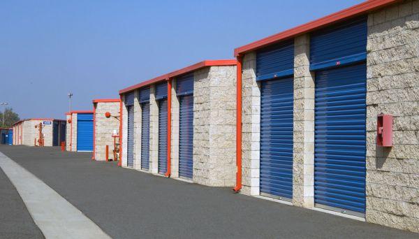 Price Self Storage Azusa 1110 W Foothill Blvd Azusa, CA - Photo 5