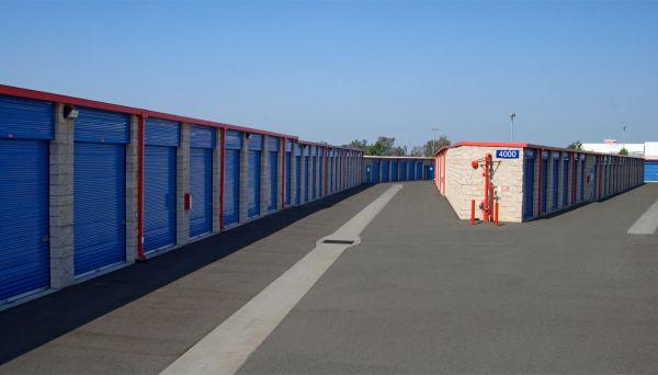 Price Self Storage Azusa 1110 W Foothill Blvd Azusa, CA - Photo 9