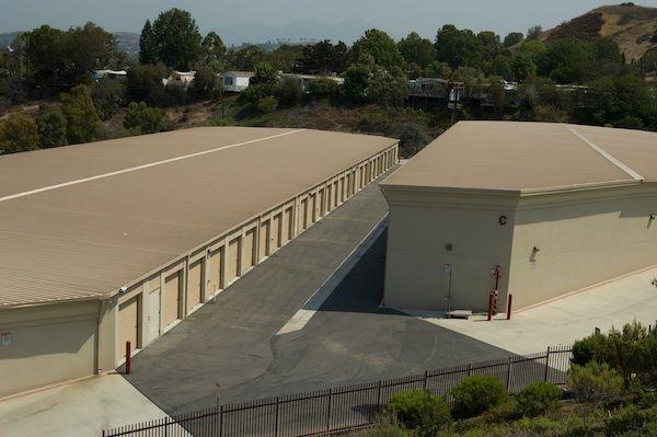 Price Self Storage San Juan Capistrano 32992 Valle Rd San Juan Capistrano, CA - Photo 2