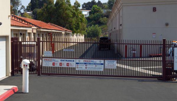 Price Self Storage San Juan Capistrano 32992 Valle Rd San Juan Capistrano, CA - Photo 7